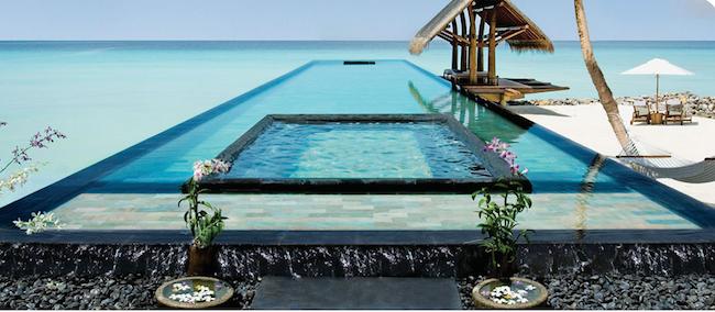 Only & Only Reethi Rah Maldives, Infinity-Edge Pool