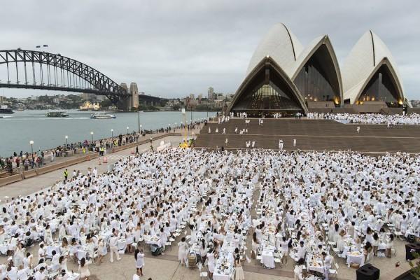 Diner en Blanc 2015 Sydney Opera House
