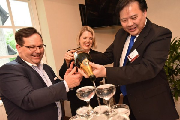 Ezio Russa, Director of Rooms & Marketing, The Tank Stream Hotel; Carol Giuseppi, CEO, Tourism Accommodation Australia; Tan Boon Lee, Managing Director, Tank Stream Holdings Pty Ltd, PC: Red Imagination Photography
