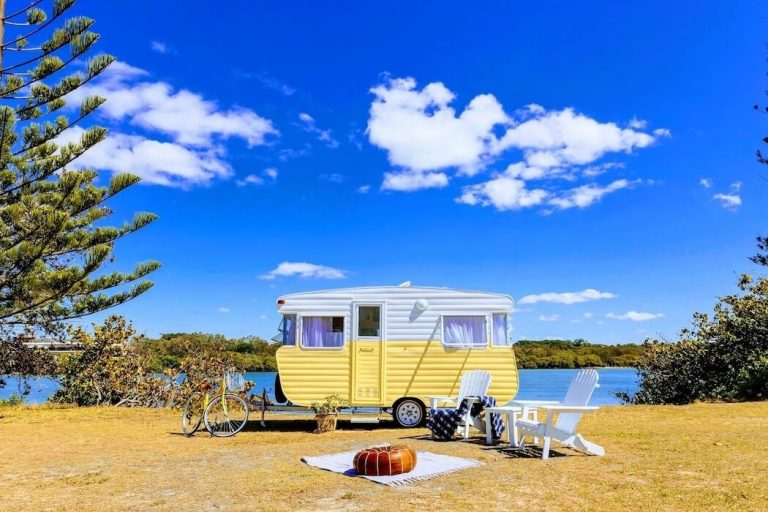 Camplify and Aircamp shows Aussies could save almost 40% on last-min road trips
