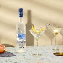 GREY GOOSE Dirty Martini